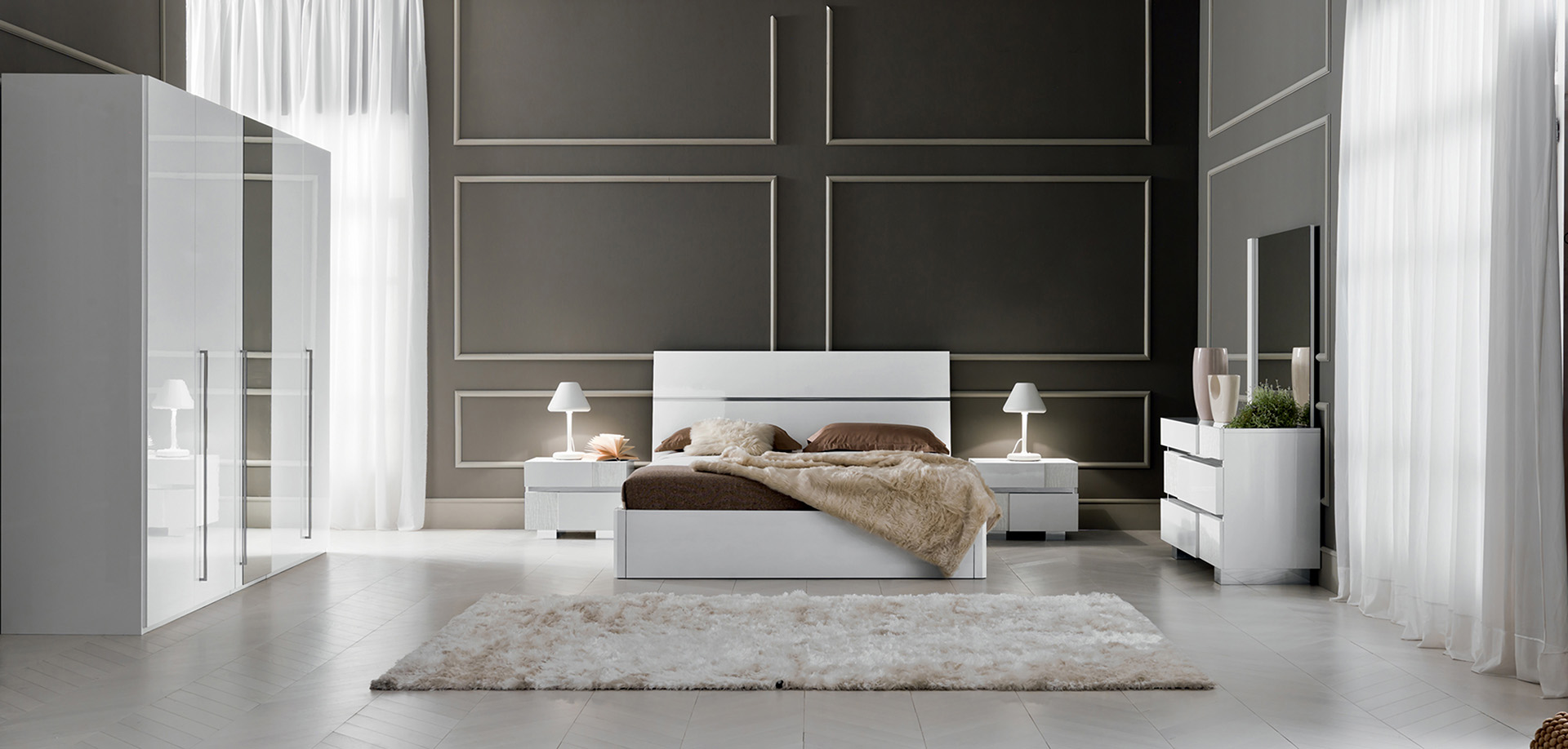 caprice-white-spring-lifter-bed